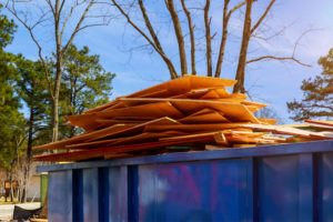 Why You Should Let the Hauling Service Help with Your Commercial Hauling Needs